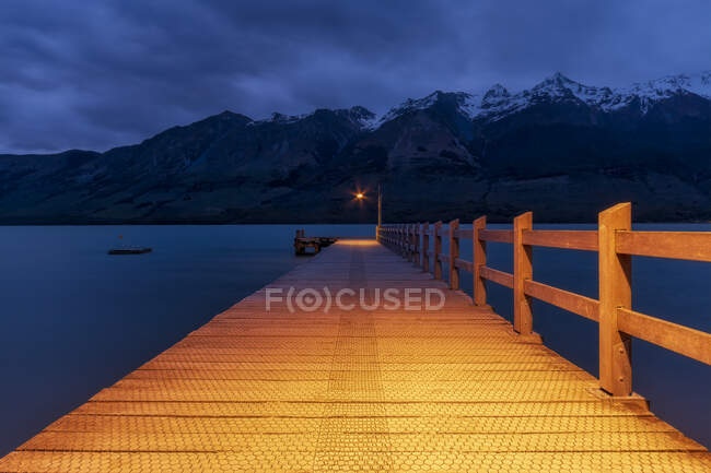 Pier in the evening, Glenorchy, South Island, New Zealand — Stock Photo