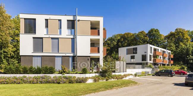 Germania, Baviera, Neu-Ulm, Nuovi condomini moderni — Foto stock