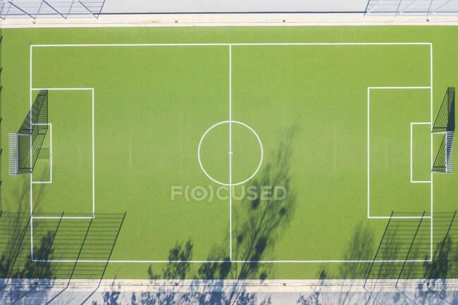 Vista do drone do campo de futebol — Fotografia de Stock