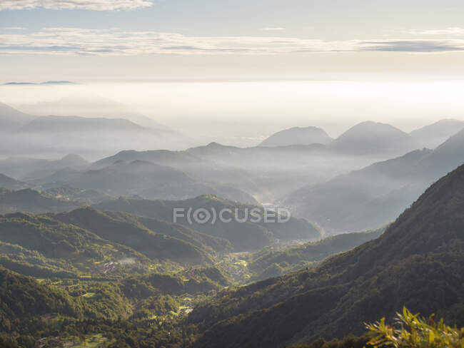 Vista su Recoaro Terme, Veneto, Italia — Foto stock