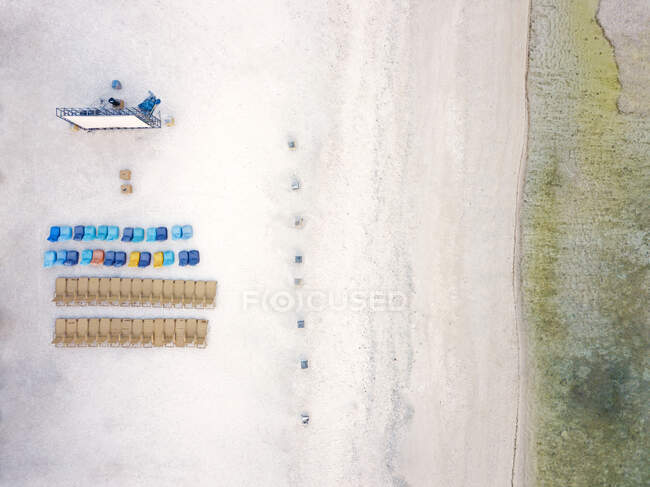Aerial view of chairs with projection screen arranged at Gili-Air Island, Bali, Indonesia — Stock Photo