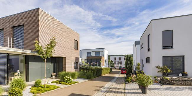 Germania, Baden-Wurttemberg, Esslingen, Nuove case residenziali ad alta efficienza energetica — Foto stock