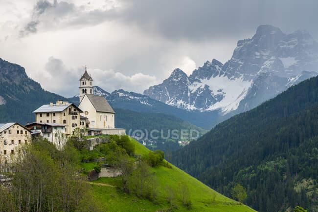 Church of Santa Lucia, Dolomites, Province of Belluno, Italy — Stock Photo