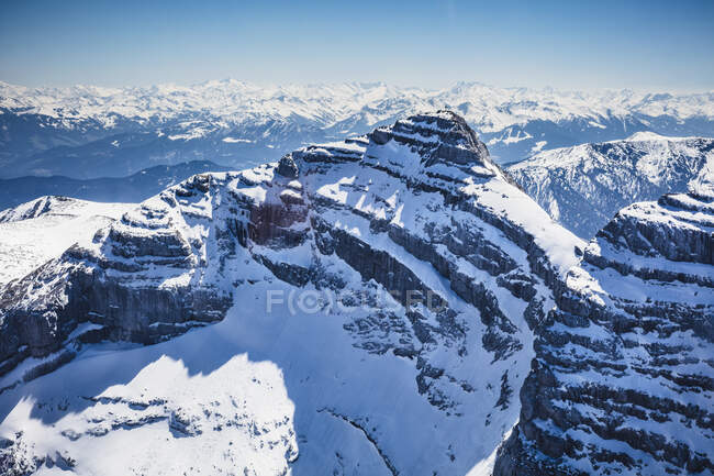 Austria, Tyrol, Steinberg am Rofan, Aerial view of snowcapped Guffert mountain — Stock Photo