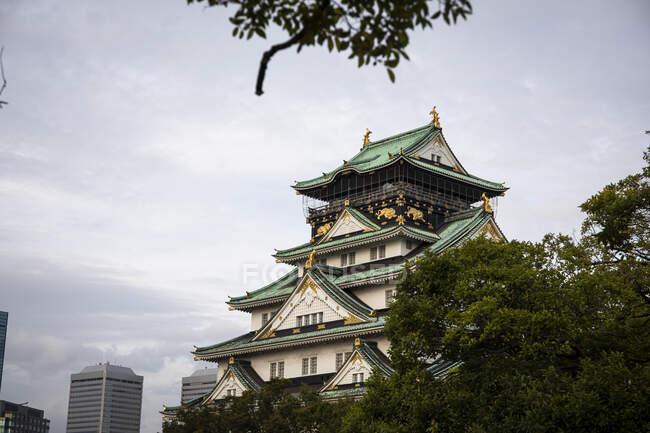 Японія, Осака, зовнішня частина замку. — стокове фото