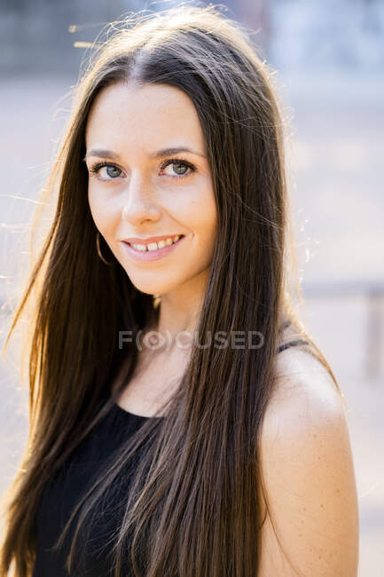 Portrait of young woman at skatepark — Stock Photo