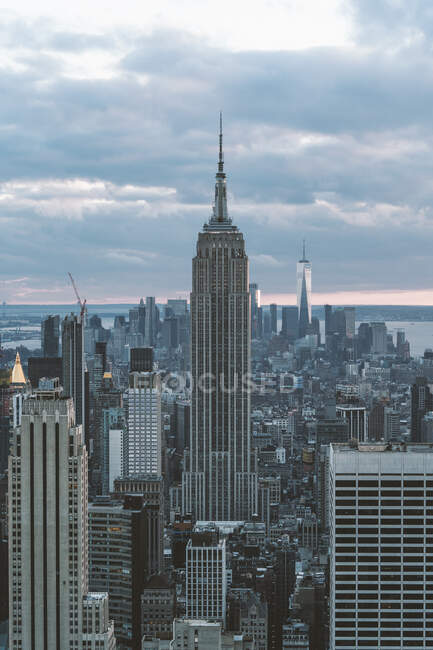 USA, New York, Aerial view of New York city skyscrapers with Empire State Building — Stock Photo