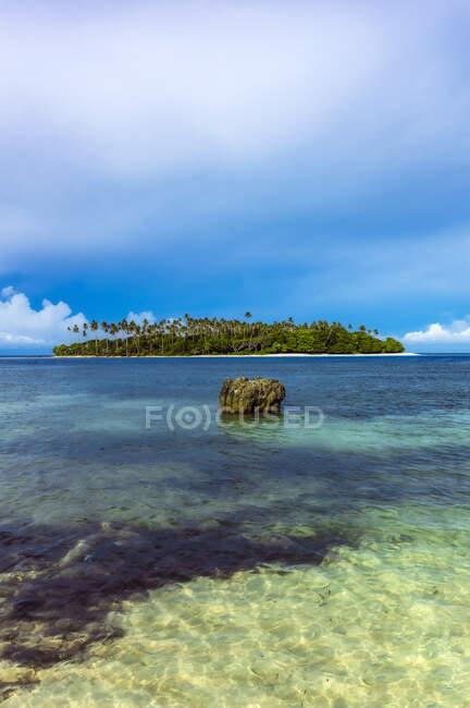 Papúa Nueva Guinea, Islas Trobriand, Isla Kitava - foto de stock