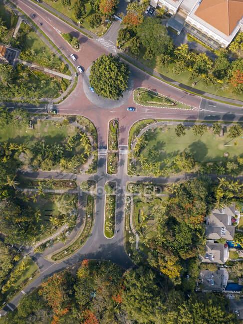 Indonesia, Bali, Nusa Dua, Vista aérea de las carreteras - foto de stock