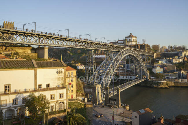 Ponte Luiz I Ponte e fiume Duoro, Oporto, Portogallo — Foto stock