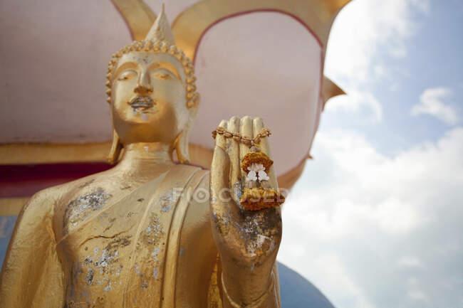 Статуя Будди з чарівністю, Крабі, Таїланд. — стокове фото