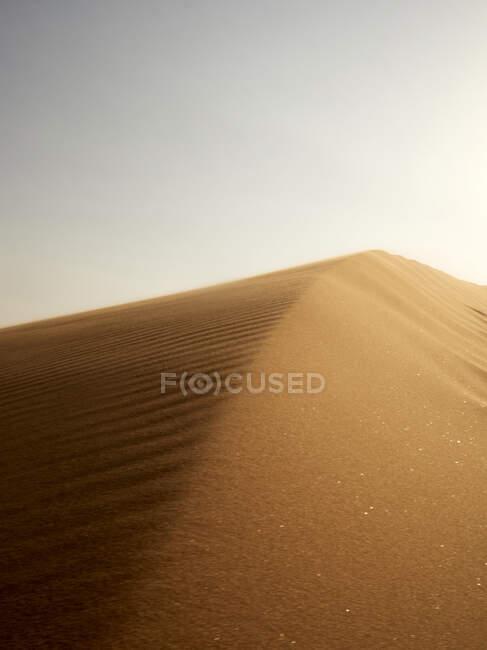 Primo piano della sabbia di una duna nel deserto, Walvis Bay, Namibia — Foto stock