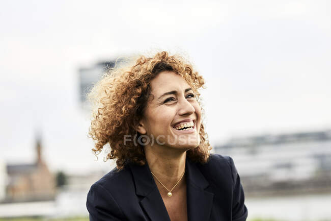 Portrait of smiling businesswoman — Stock Photo