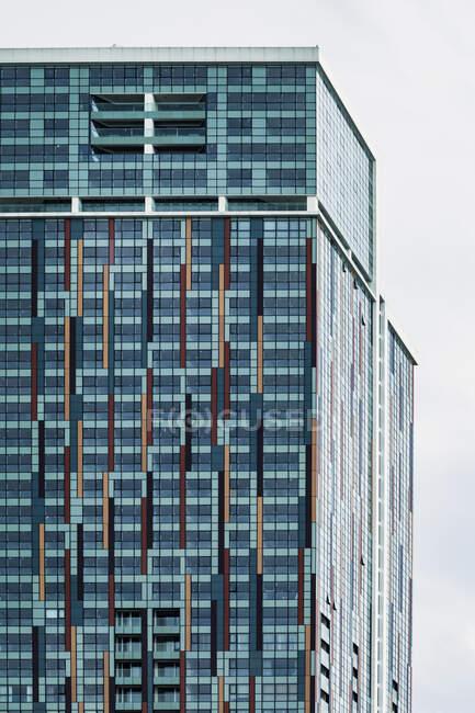 Грузія, Аджарія, Батумі, Windows of blue skyscraper — стокове фото