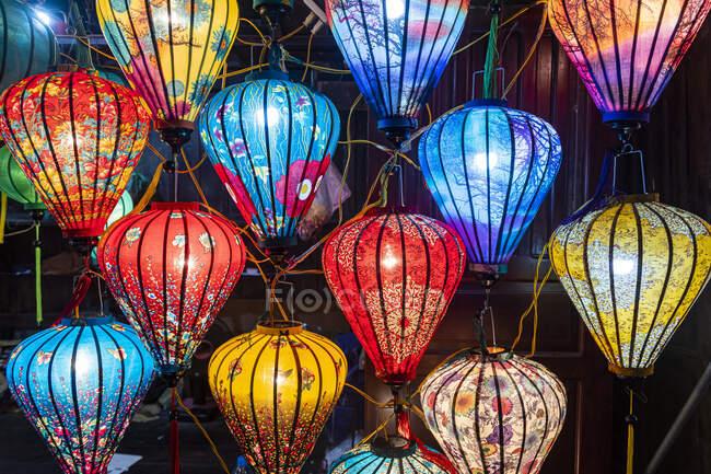 Vietnam, Hoi An, Lanterne di carta colorate — Foto stock