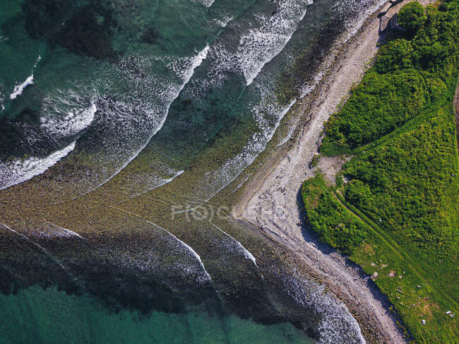 Vista aérea de la costa de la península de Krabbe - foto de stock
