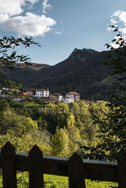 Spagna, Asturie, Ponga, Città alpina di Picos de Europa — Foto stock