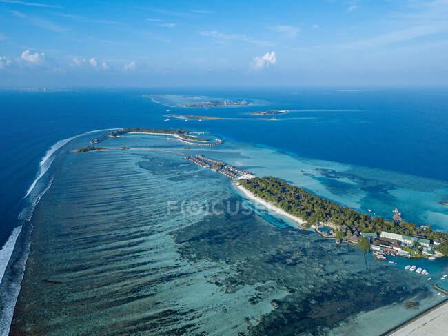 Maldive, Atollo di Kaafu, Veduta aerea dell'arcipelago nel Mar Arabico — Foto stock
