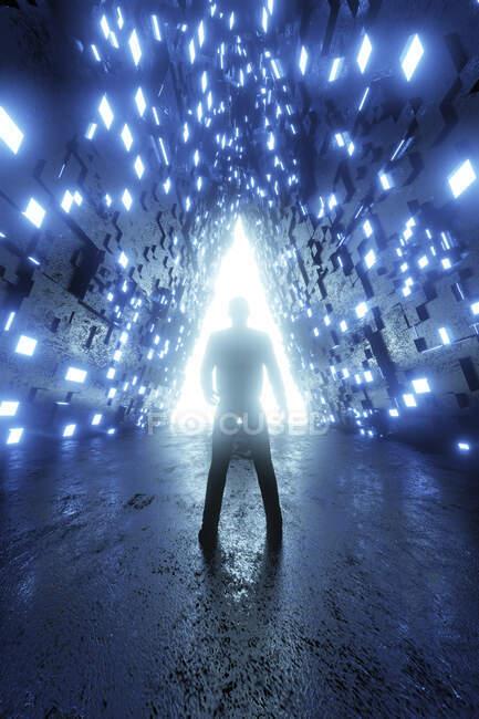Representación tridimensional de la persona de pie frente al portal brillante en forma de triángulo - foto de stock