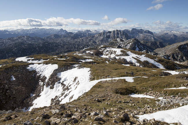 Bella catena montuosa scenario da Schneibstein alle montagne Steinerne Meer, Austria — Foto stock