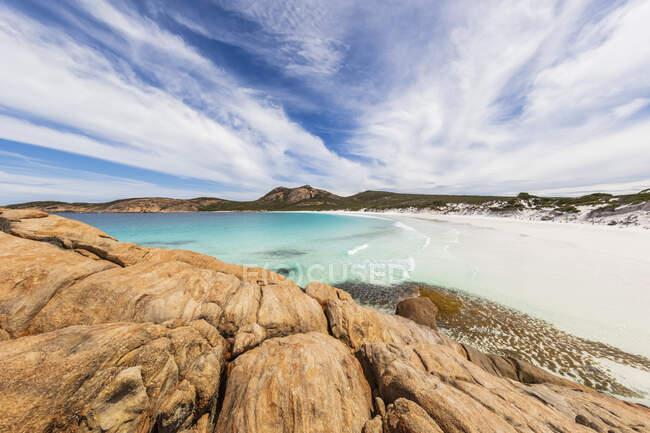 Formazioni rocciose e costa con baia turchese, Cape Le Grand National Park, Australia — Foto stock