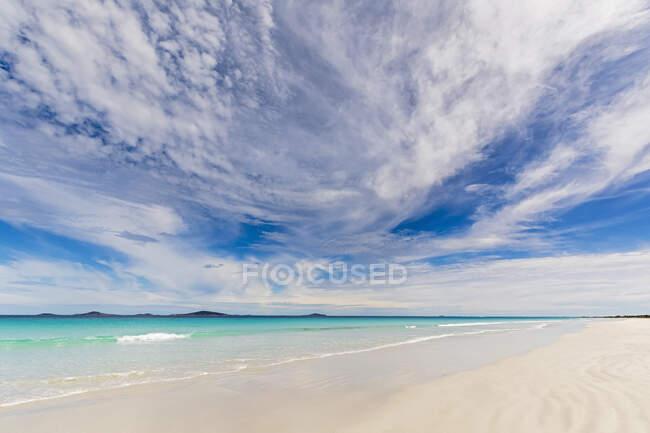 Австралия, Океания, Западная Австралия, Национальный парк Кейп Ле Гранд, залив Росситер, море и пляж — стоковое фото