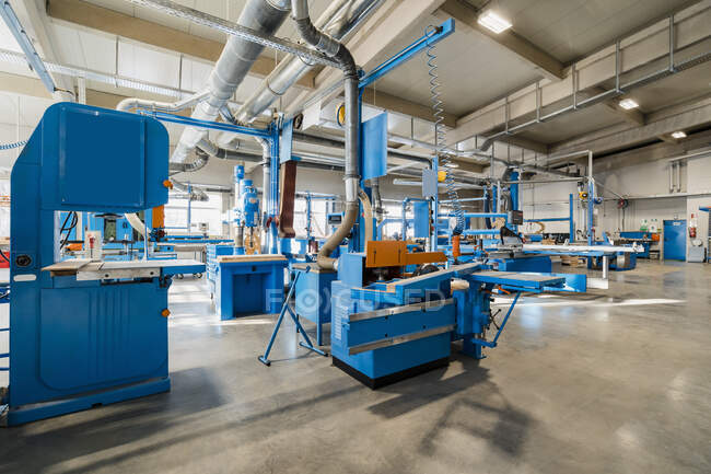 Wood manufacturing equipment at industry — стоковое фото