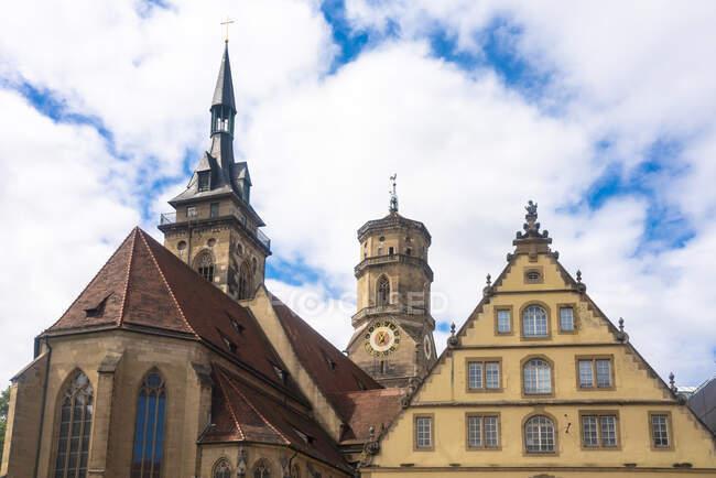 Alemania, Baden-Wurttemberg, Stuttgart, Stiftskirche y Museo Fruchtkasten - foto de stock