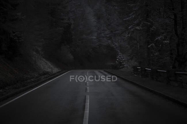 Empty highway at night — Stock Photo