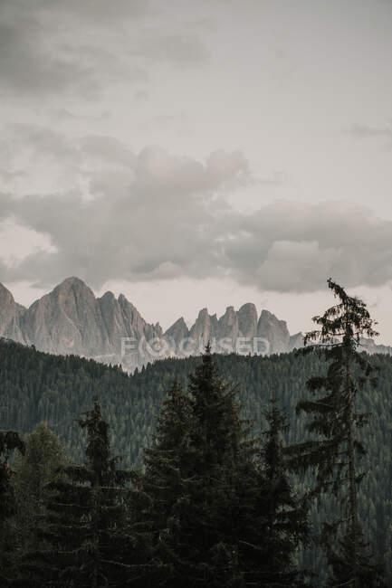 Catene montuose nelle Dolomiti in Alto Adige — Foto stock