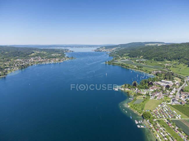 Швейцария, Тургау, Вид с воздуха на озеро Констанция и близлежащие города летом — стоковое фото