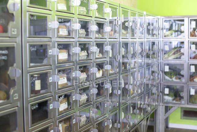 Food lockers in self-serve grocery — Stock Photo