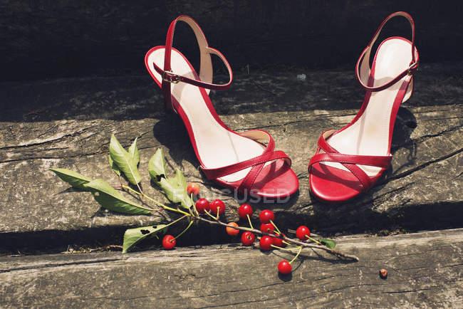 Scarpe con tacco alto — Foto stock