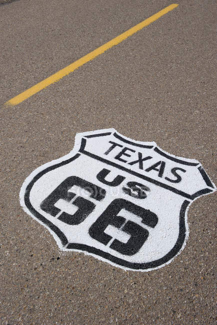Road marking for the historic Route 66 in Texas, USA — Stock Photo