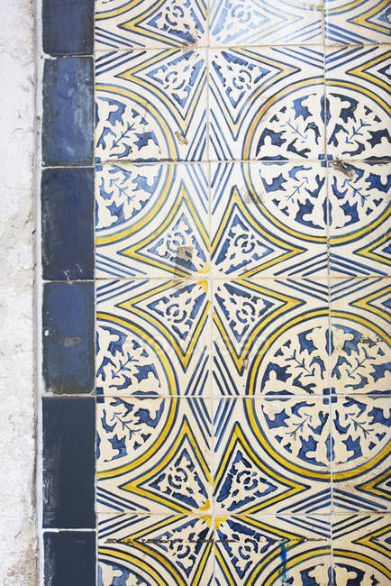 Close up of Ornate tiles on the wall — Stock Photo