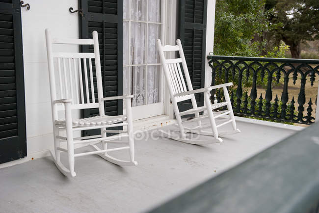Two Rocking Chairs On Porch Of The House U2014 Stock Photo