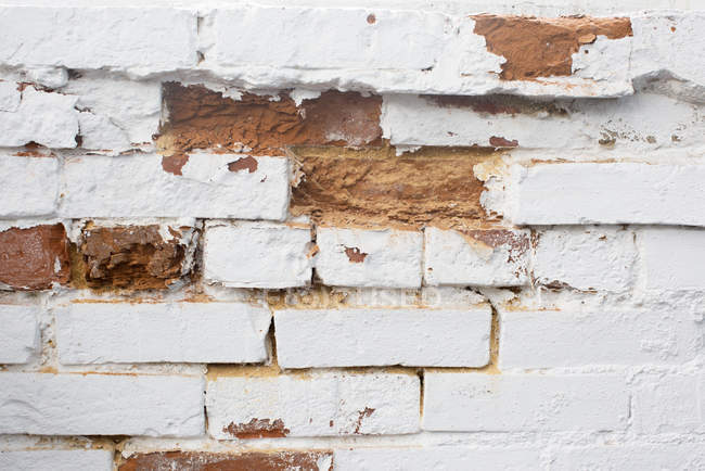 Close up of Deteriorating brick wall — Stock Photo
