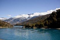Краєвид з вершини гори і озеро — стокове фото