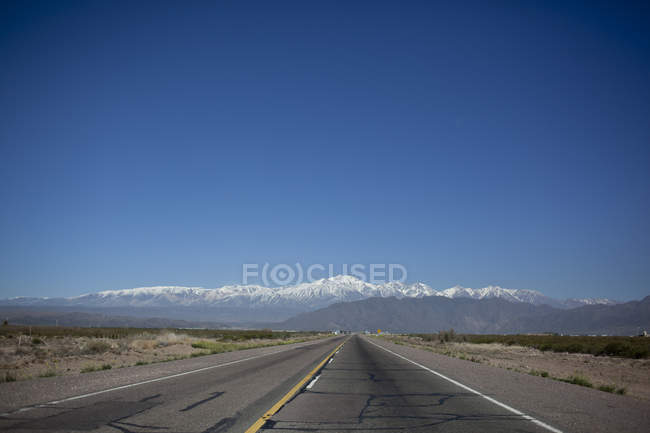 Landscape of Argentina with road and mountains — Stock Photo
