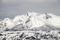 View of snow-covered mountains — Stock Photo