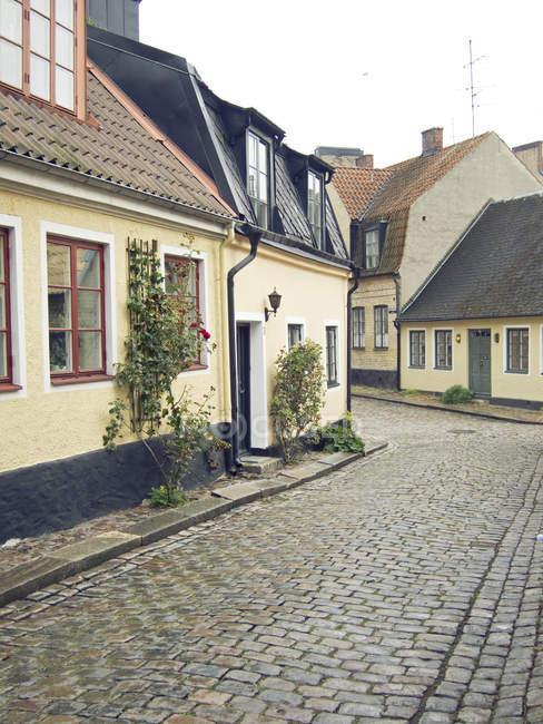 Edifici in vecchia strada — Foto stock