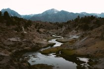 Daytime view of winding river in Hot Creek Geological Site, Mono County, California — Stock Photo