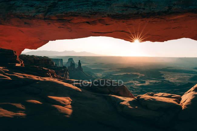 Mesa Arch at sunset, Moab, Utah, USA — Stock Photo