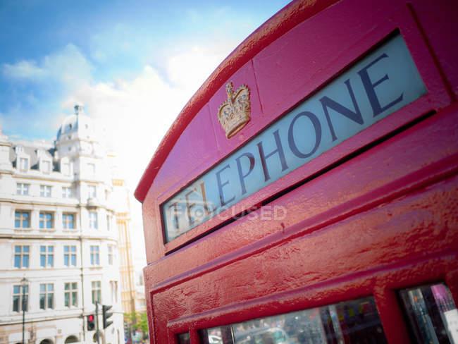Cabine telefónica vermelha — Fotografia de Stock