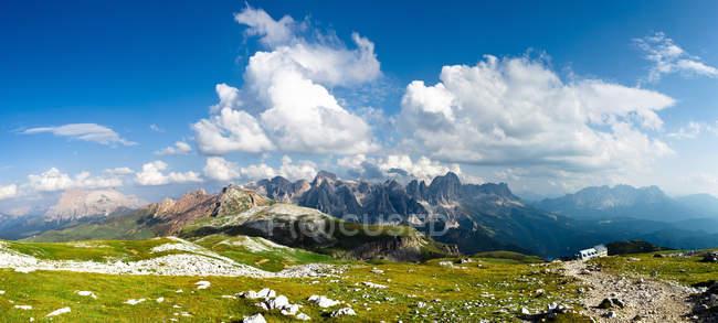 Горный пейзаж, Трентино, Италия — стоковое фото