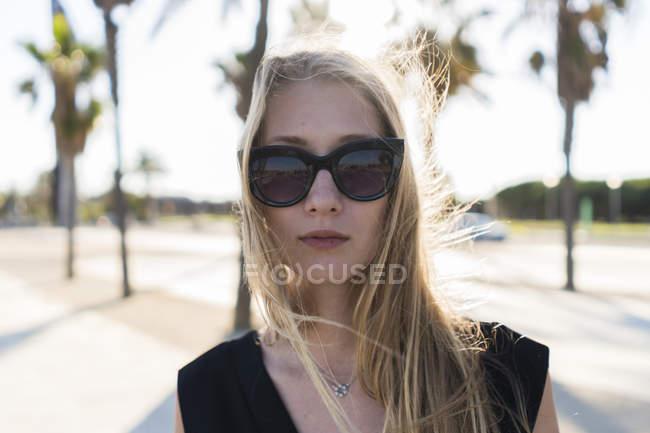 Stylish blond woman — Stock Photo