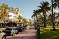 Вулиця Оушен-Драйв, в Майамі — стокове фото