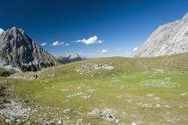 Долина в горах Веттерштейн, Австрия — стоковое фото