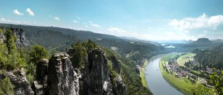 Panoramic view of Elbe Sandstone Mountains and Elbe river, Saxony, Germany — Stock Photo