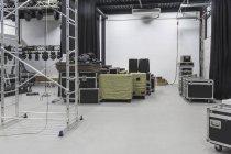 Внутрішній вигляд студії з накопиченням обладнання — стокове фото